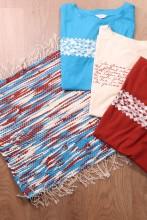 Laulupeo särkidest valmistatud sinine-pruun-valge istumisvaip 45 x 52 cm