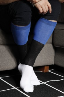 EESTI men's cotton knee-highs in the colours of the Estonian flag