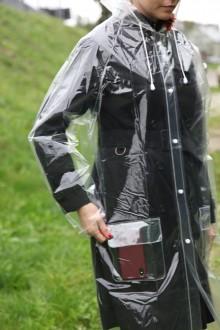 Прозрачный многоразовый плащ-дождевик