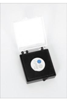 Нагрудный значок с изображением ласточек и магнитным креплением, в подарочной коробке