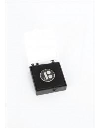 Нагрудный значок с креплением иглой, в подарочной коробке, чёрный цвет